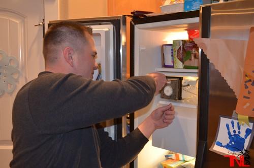 sửa tủ lạnh sanyo không đông đá tại nhà tiết kiệm chi phí