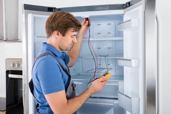 giá thay lốc tủ lạnh